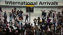 Thumb_international_arrivals
