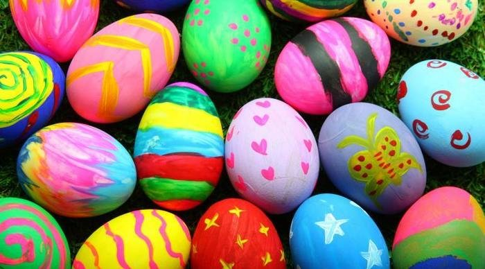 Scaled_easter-eggs