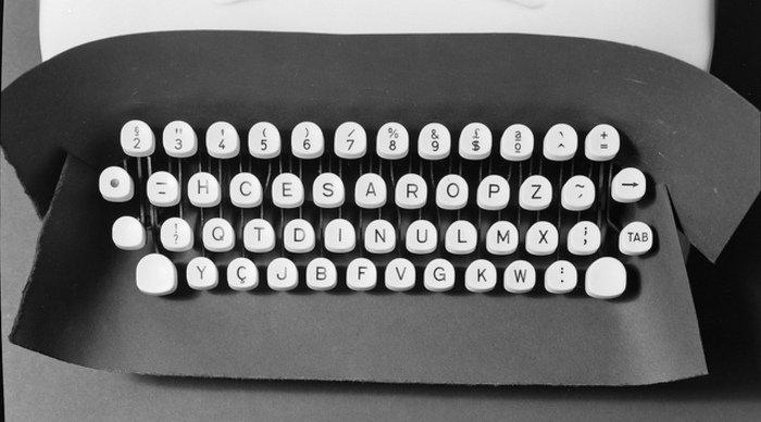 Scaled_maquina_de_escrever2