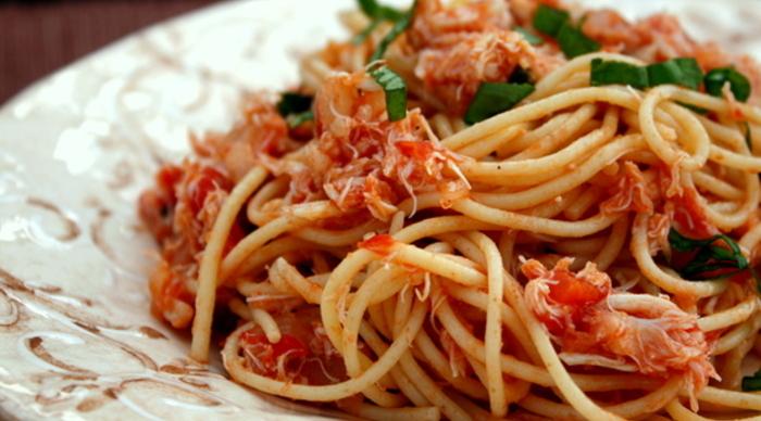 Scaled_crabmeat-pasta